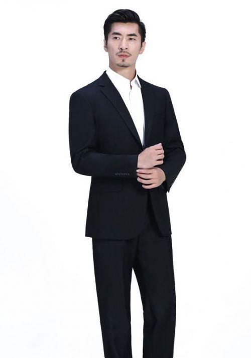 西服定制中的全毛衬西服是什么意思?