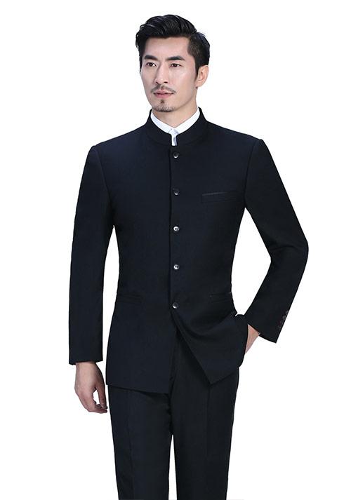 比较瘦的男士怎么来定制西装